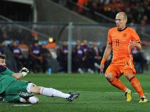 Arjen-Robben-Holland-Spain-World-Cup-Final-20_2476508