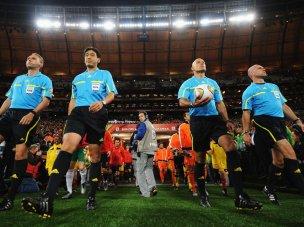 Howard-Webb-Holland-Spain-World-Cup-Final-201_2476477