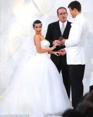 Kim Kardashian wedding (2)