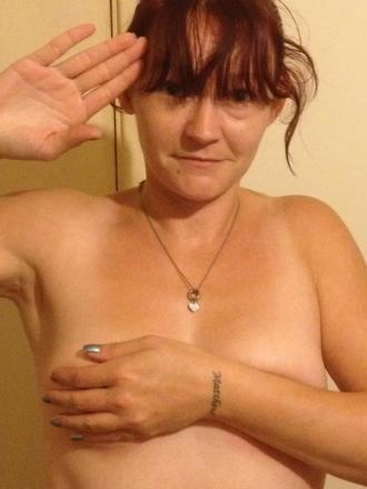 Support Prince Harry with a naked salute 002 (7)