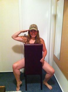 Support Prince Harry with a naked salute (15)