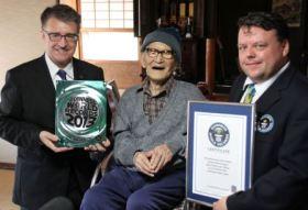 Worlds oldest man Jiroemon Kimura (2)