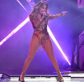 Jennifer Lopez World Icon award Premios Juventud 2013 (11)