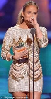 Jennifer Lopez World Icon award Premios Juventud 2013 (17)
