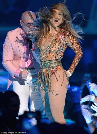 Jennifer Lopez World Icon award Premios Juventud 2013 (7)