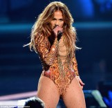 Jennifer Lopez World Icon award Premios Juventud 2013 (9)