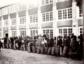 Estate Coolies returning from picking tea, Ceylon 1903