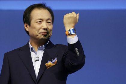 Samsung Galaxy Gear Smartwatch (1)